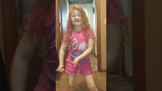 5 year old learned how to dance on her own