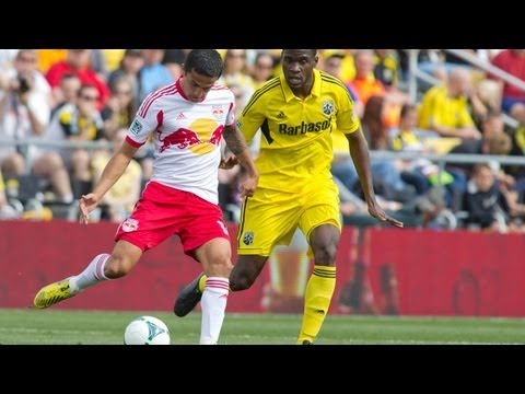 GOAL: Tim Cahill in the right place at the right time | Columbus Crew vs New York Red Bulls