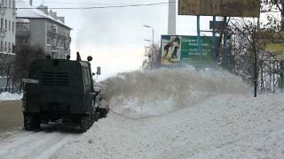Old russian snow monster ДЭ-210 on ЗИЛ-131 shassis Pt. 2