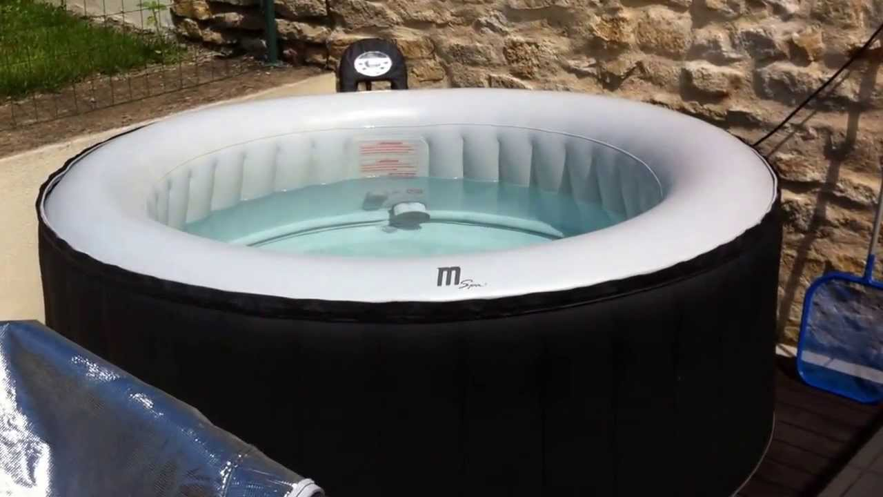 jacuzzi spa gonflable mspa test bruit bulles en fonction youtube. Black Bedroom Furniture Sets. Home Design Ideas