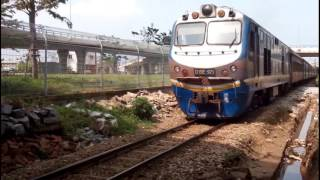 Trains run in Da nang city
