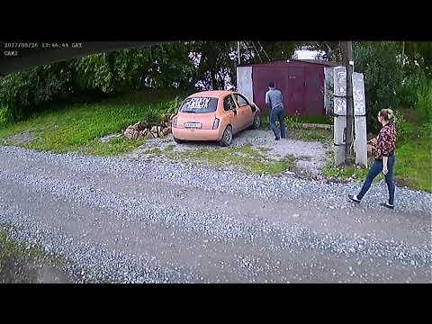 Больной сосед с топором против оранжевого марчика Новосибирск 2017
