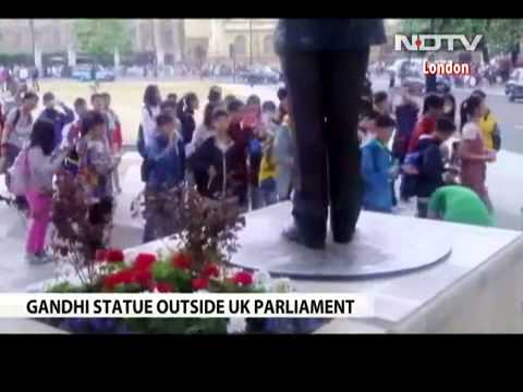 "Britain to ""Honour 'Mahatma Gandhi's Memory With Statue' in Front of its Parliament"