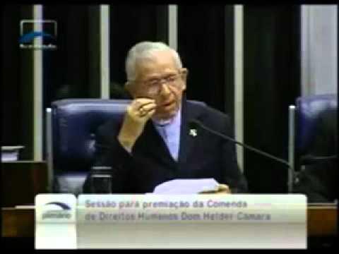 Dom Manuel recusa comenda e constrange Senado