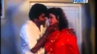 hot lip kiss scene in kannada