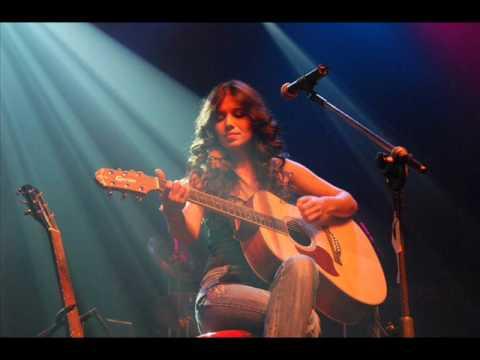Paula Fernandes - Behind Blue Eyes