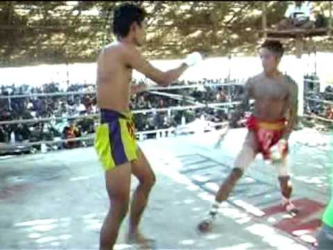 Thai VS Myanmar at Karen new year bouts