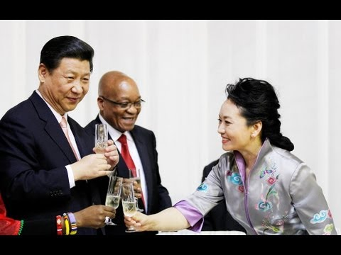 'China's Michelle Obama' Steals Spotlight from President (LinkAsia: 3/29/13)