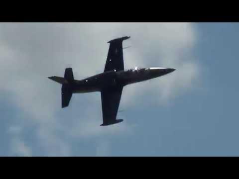 Caça a Jato L-39 Vandy1 no Show Aéreo em Manassas - EUA - 2014