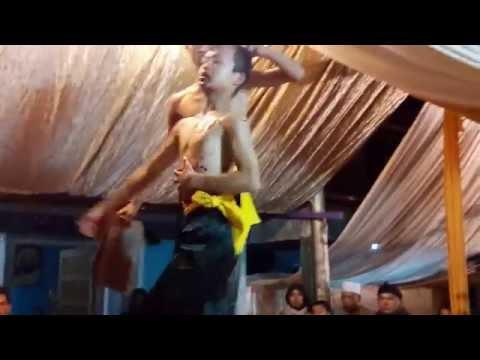 Mengerikan Demontrasi Ijen Pencak Silat Banjir Darah - Padepokan Kararangge