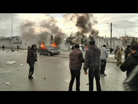 Belaid burial sparks violence in Tunis