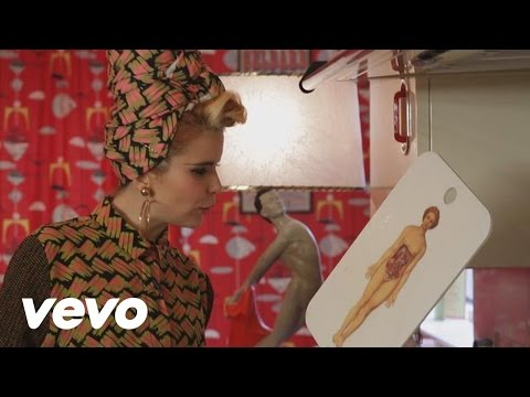 Cooking With Paloma Faith - Tortilla (VEVO LIFT): Brought...