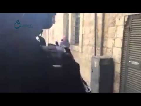 Qasioun News: Jerusalem: Moment of attacking Al-Aqsa mosque by Israeli occupation forces 14-9-2015