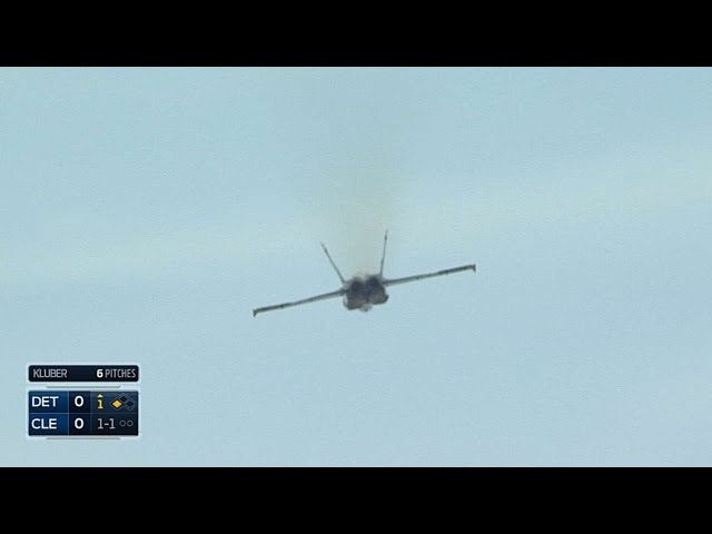 Blue Angels disrupt Hunter, Bourne