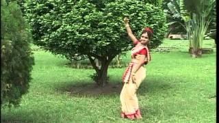 Aloker Aei Jharnadharai [Full Song] Aloker Eai Jharnadharai- Rabithakurer Nacher Gaan Vol.1