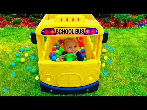 Alisa plays bus driver