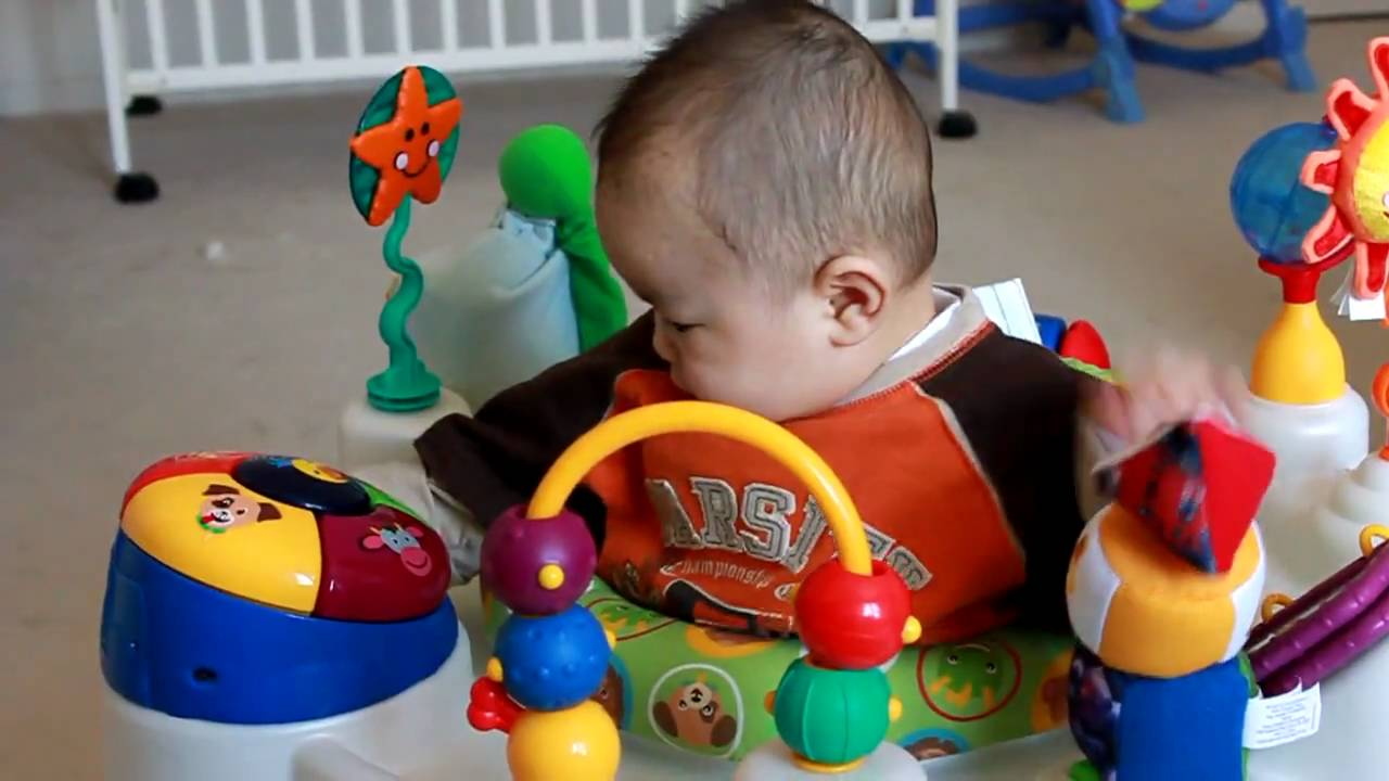Baby einstein discover playtime activity center youtube for Baby play centre