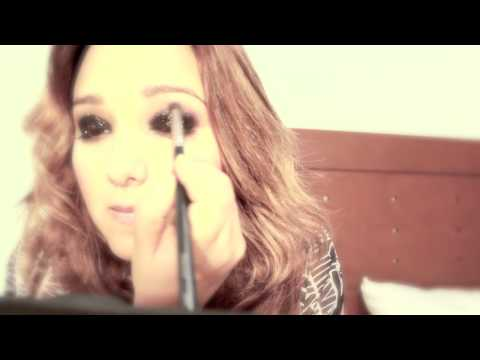 MxNTM3 - Cómo hacer un maquillaje de pasarela