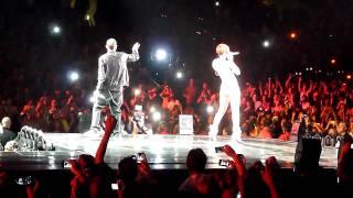 Rihanna Eminem Love the Way You Lie Live Staples Center 7 21 10