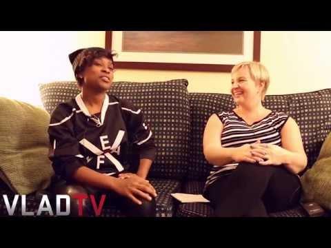 DeJ Loaf Talks Detroit, Father's Murder & Big Break