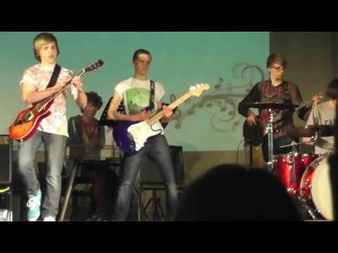 FREE BIRD - Lynyrd Skynyrd Cover - James Bell and friends :-)