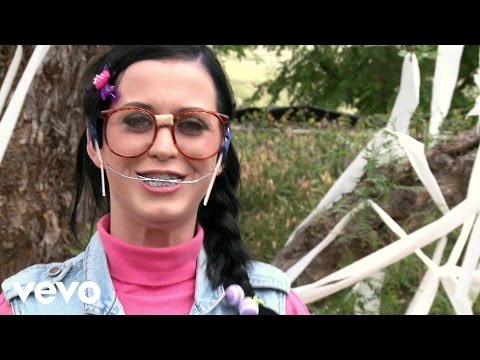 Katy Perry - I go for Steve Johnson