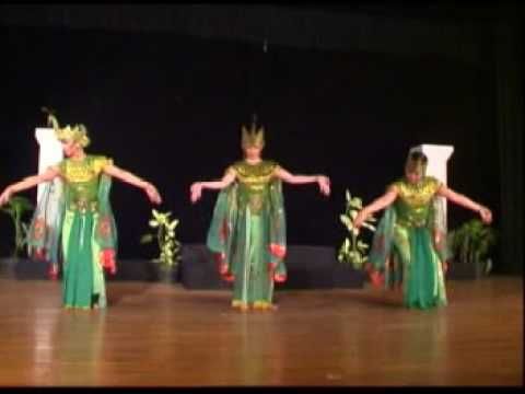 Tarian Merak Peacock Dance Youtube