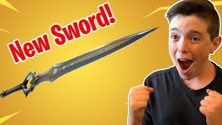 THE NEW LEGENDARY SWORD IS HERE!!