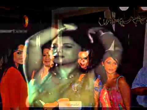 Moon Moon Sen Bengali Actress Hot Scene Boobs Press video