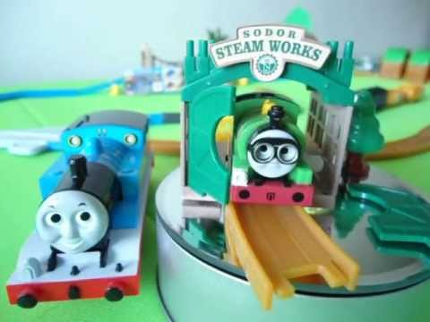 Sodor Steamworks Wind Up Thomas Tomy Playrail カプセルプラレール