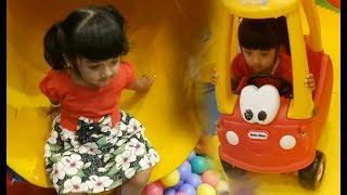 #3 Playground with family perostan anak mandi bola di Beebeeland cipinang slides with balls colors