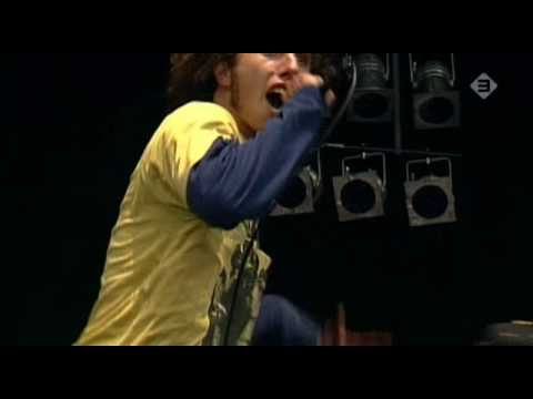 Ratm - Killing In The Name (high Quality Live) video