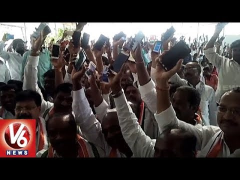 Clash Between Two Groups In Medak Congress Leaders Meeting | V6 News