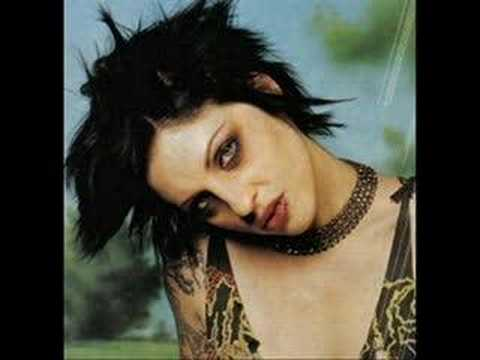 Brody Dalle Makeup Brody Dalle r Inte Helt Fel