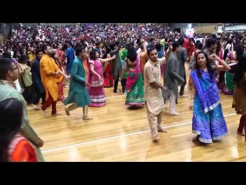 Atul Purohit Sydney Garba 2014 part 3