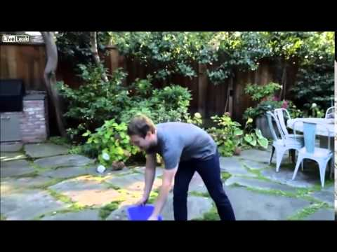 Mark Zuckerberg Ice Bucket Challenge