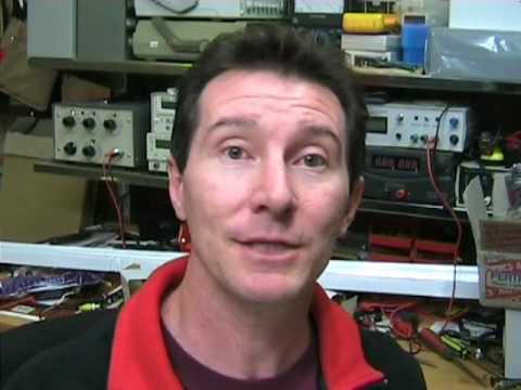 EEVblog #13 Part 1 of 2 - Digital storage Oscilloscope Tutorial
