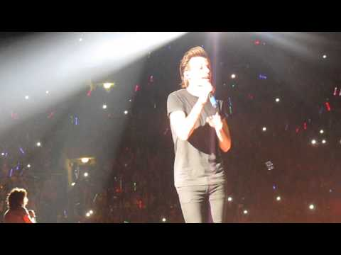 Kiss You By One Direction At Sunbowl Stadium 9 19 14 video