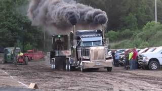 V-8 Mack Hot Semi Street Truck Pulls Farmington Pa 6-30-17 V 8
