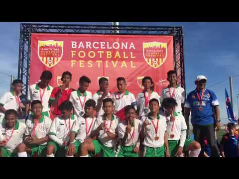 Pemain terbaik Sbai Garuda Jaya u14 juara 1 Barcelona Cup 2017
