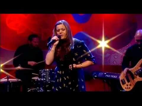 Rumer Sara Smile Hall And Oates Loose Women 2012