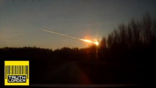 Meteor strike in Chelyabinsk, Russia, injures 500 - amazing video shows explosion & impact