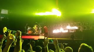 Download Lagu Twenty One Pilots - Levitate (Live in St. Louis, Missouri) Gratis STAFABAND