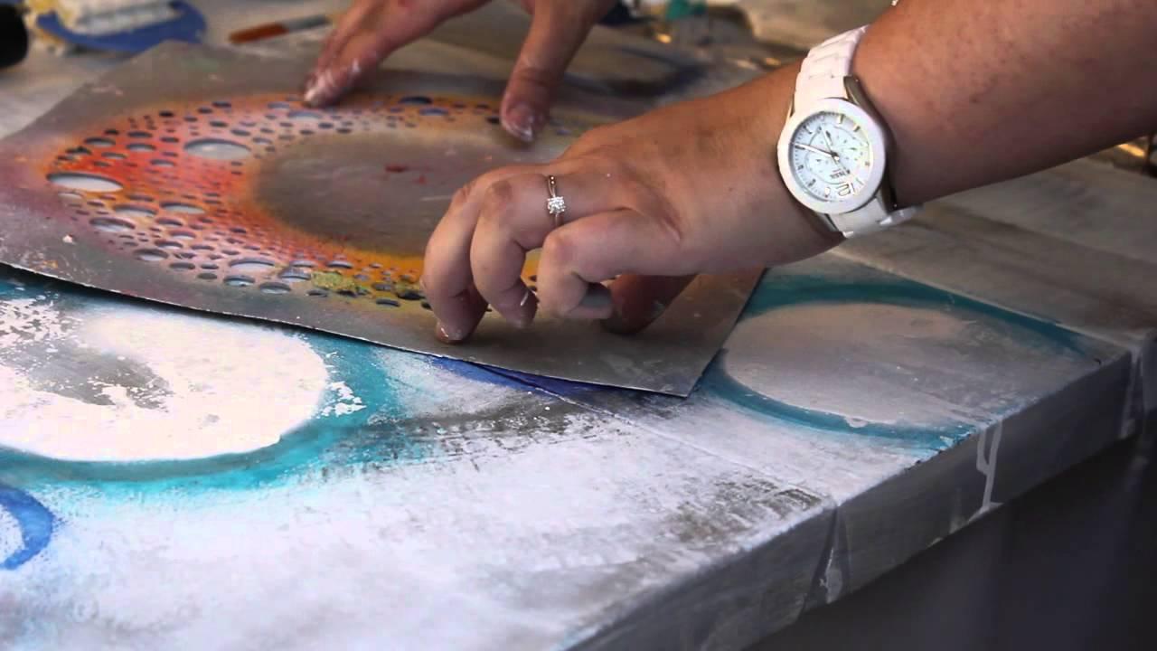 On apprend quoi aujourd 39 hui une peinture abstraite avec - Tableau sur mur blanc ...