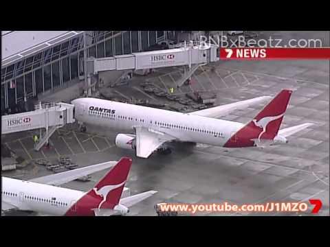 Justin Bieber arrives in Sydney, Australia - Concert Tour 2011 - 7 News, Channel 7