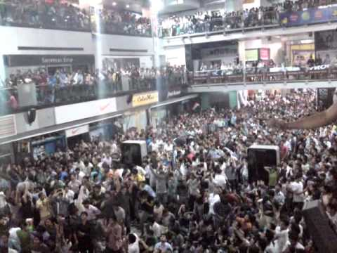 Cricket World Cup 2011 Final Match - India Vs Sri Lanka - Part 1 video