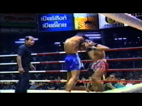 Kaensak Sor. Ploenjit Muay Thai Highlights