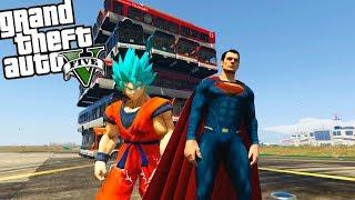 QUIEN PEGA EL PUÑETAZO MAS FUERTE GOKU O SUPERMAN | GTA 5 MODS