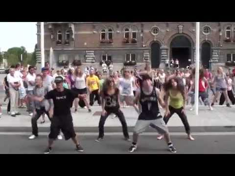 flash mob ANTIDOTE  Armentières