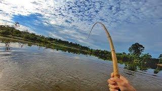 Era para ser uma simples pescaria com VARA DE BAMBU...
